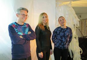 Regissören/manusförfattaren Max Hebert har samlat kvinnors erfarenheter, Mona Ibrahim medverkar på scenen och Anna-Karin Berglund har gjort musiken, i en helt ny Gävleföreställning.