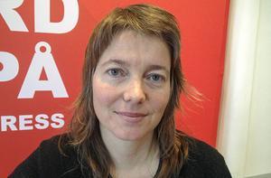 Malin Björk (V) protesterade mot utvisningen av mannen.