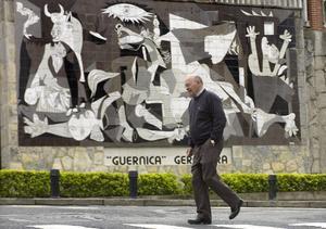 Guernica, som tyskarna bombade sönder 1937 är bara en återuppbyggd skugga av sitt forna jag.