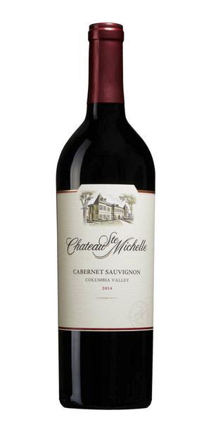 6203 Chateau Ste Michelle Cabernet Sauvignon 2014 från Washington State, USA för 119 kr (75 cl). Karaktäristiska smaker från druvan såsom svarta vinbär, björnbär, plommon och kaffe, behaglig strävhet och tydlig rostad fatkaraktär, välbalanserat och smakrikt.