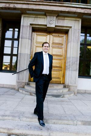 lämnar. Göran Westberg slutar som personalchef på SMT sista september men blir kvar inom Sandvik till årsskiftet. Vem som blir hans ersättare är ännu inte klart.
