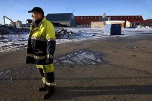 – Om det blir varsel och uppsägningar försvinner mycket kompetent arbetskraft från Gävle Hamn, säger Sten-Olov Hillbom, klubbordförande i transportarbetareförbundet.