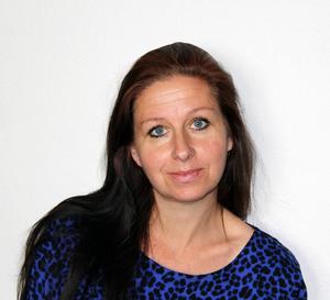 Maria Norén är konstnär, författare och gallerist med mera, driver Kulturkossans vardagsrum på Stenegård i Järvsö.