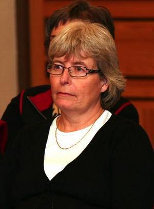 Eva Gottvall-Bruno ser det som ett ont måste att minska antalet heltidstjänster för sjuksköterskor i kommunen.