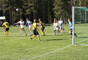 Bergvik drog det längsta strået och vann nykomlingsmötet mot Enånger efter ett segermål av Tommy Öhrn på tilläggstid.