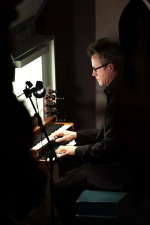 Gunnar Idestam stod för orgelspelet.