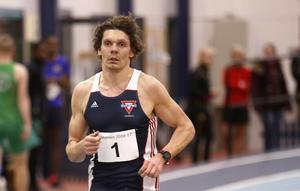 Per Sjögren mot mål – och nytt svenskt H35-rekord – på 5 000 meter.