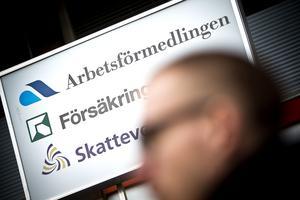Arbetsförmedlingens anseende bland allmänheten är lågt. Faktiskt lägst av alla myndigheter i Sverige.