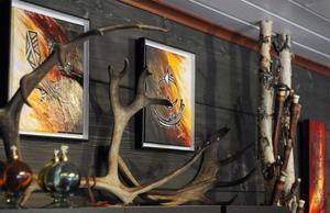 Samisk konst och hantverk men också renkött och fika.