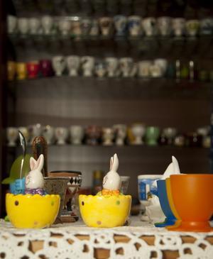 Äggkopparna varierar i färg, storlek och utförande.