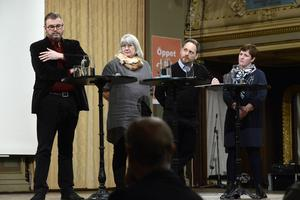 Politikerpanelen från vänster: Jonny Lundin, Centerpartiet, Britt Marie Brynielsson, Kristdemokraterna, Jörgen Berglund, Moderaterna och Annelie Luthman, Liberalerna.