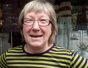 Carina Sabell, Sollefteå:– Kalsonger och strumpor till gubben. Och en kniv, mortel och gasbrännare som presenter.