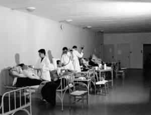 Insulinbehandlingar på Sidsjöns sjukhus 1951.