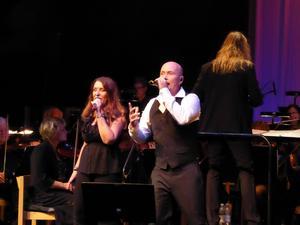 Anneli Axelsson och Johan Boding sjöng duett