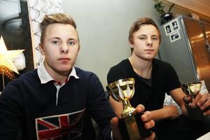 Söderhamnaren Carl Ågren, till vänster, vann nordiska mästerskapen i brottning i helgen.