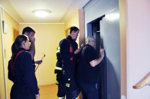 Sex personer från räddningstjänsten kom till undsättning.