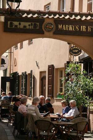 I Vilnius känns restauranglivet ofta sydländskt.