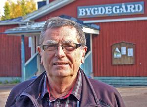 Sune Englund är glad över den lyckade premiären på kultursatsningen i och för Bäsna bygdegård.