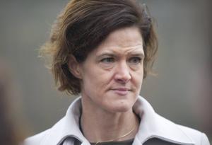 Anna Kinberg Batras öppning för att samtala med SD i utskotten samt beslutet att verka för en gemensam alliansbudget redan före valet, togs inte väl emot av väljarna, konstaterar Jens Runnberg.