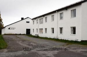 Royal swiss hotel, före detta Njutångersgården, kan hyra ut hela sin anläggning till Migrationsverket inom kort. Behovet av tillfälliga boendeplatser är akut.