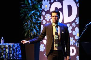 Jimmie Åkesson höll tal inför publiken på Konserthuset i Gävle.