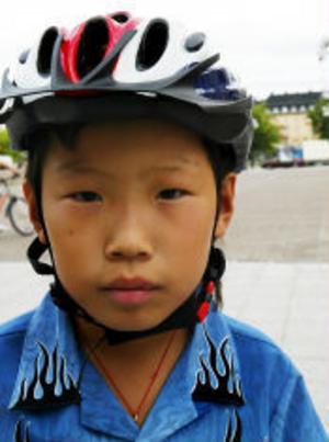 Sunny Chang, 10 år, Sundsvall—Det är kul, mest för att man får träffa kompisarna.