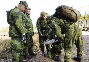 Sökandet efter försvunne Åke Jonsson utgår efter ett särskilt system. Här diskuteras upplägget.