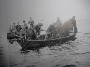 Unik bild i Havsutsikt – strömmingfiskare från 1950-talet utanför Lörön i Sundsvall.