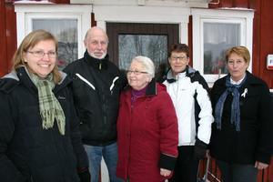 Några som planerar firandet av Hackvads kyrka som fyller 100 år: Maria Sundström, Kjell Bergdahl, Gerd Larsson, Monica Lindgren och Eva Wetter.
