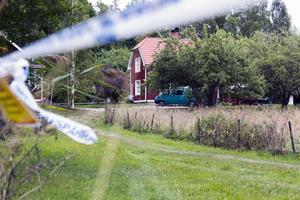 Sommarstugan utanför Arboga där Rajabi har erkänt att han dödat Johanna Möllers pappa.