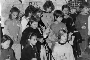 I januari 1991 pratade man mycket om kriget i Mellanöstern på Hansåkerskolan. På skolan hölls även en fredssamling där kören