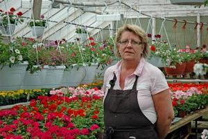 SATSAR. Carola Grip har tagit över Handelsträdgården, som varit stängd i två år.
