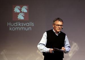 Kommunstyrelseordförande Sven-Åke Thoresen (S) tror mycket på Glada Hudik.