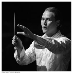 Christian Vásquez, gästdirigent hos Gävle Symfoniorkester, är fostrad av El Sistema, en bred musikrörelse som utbildat några av världens främsta dirigenter.