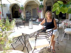 Ann-Kristin driver pensionat på Rhodos.