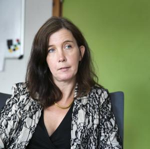 Enligt Anna Andersson, sociala sektorns chef i Borlänge kommun, saknades det 100 vikarier till omsorgen den här tiden förra året. I år saknas omkring 40.