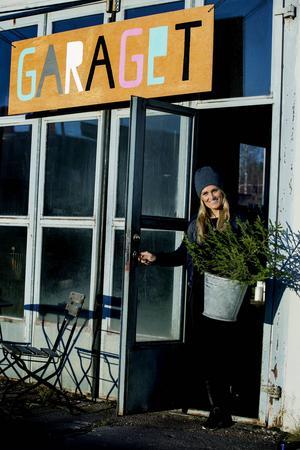Marias pop up butik hemma i garaget i Siljansnäs.