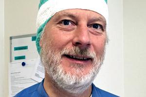 Mats Åström, enhetschef vid Operationscentrum vid Sollefteå sjukhus, håller inte med om att patientsäkerheten för traumavården skulle vara lägre vid sjukhusen i Örnsköldsvik och Sollefteå jämfört med Sundsvalls sjukhus.