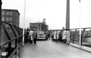 Aseas nya truckbro mot Mälaren invigs 1948.