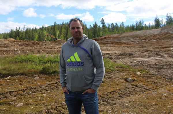 Skjutvallen börjar ta form och det blir ett  lyft för Sveg att gå från 5 till 30 skjutbanor på skidstadion, enligt projektledaren Erik Albinder.