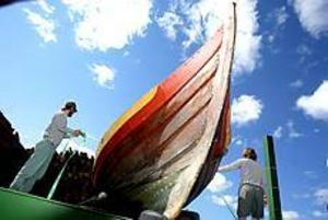 Foto: NICK BLACKMONVikingaskepp. Totalt fem vikingaskepp skeppen seglade in i St Petersburg i slutet av juli. Besättningen bodde sedan i en vikingaby i en vecka.