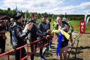 Här är delar av vinnarlaget i Indalsledenloppet, från vänster: Perra Hellström, Simon Jörgensen, André Jonsson och Robin Bryntesson. I laget ingick dessutom kusinerna Anders och Andreas Svanebo.