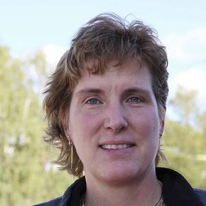 – Det är en helt annan roll du får som politiker när du tvingas ta sura beslut om nedläggningar, säger Maria Gehlin, Falupartiet.