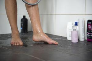 Får duschbås fler skolungdomar att duscha?