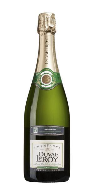 Inför stundande jul- & nyårshelger kommer passande en ekologisk champagne i nyhetssläppet, 7913 Duval-Leroy Brut Organic från Champagne, Frankrike för 389 kr (75 cl). Doften är inbjudande av rostat bröd, honung, aprikos och nötighet. Smaken är torr med fin mousse, vinet är mycket friskt med smak av grapefrukt, mineralitet, gröna äpplen, brödighet och mandel. (Ett tips är att på nyårsafton avnjuta den bästa skumpan inledningsvis på kvällen och korka upp den enklare varianten av mousserande vin till tolvslaget)