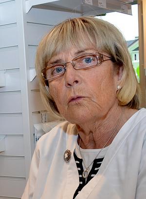 Astrid är glad över att hennes medel kommer ut till många människor så de kan få bort sina vårtor.