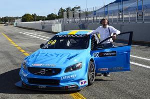 Yvan Muller vid Volvos STCC-bil.