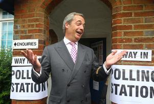 UKIP:s Nigel Farage... En Midsommarnattmardröm för Europa att vakna upp  till.