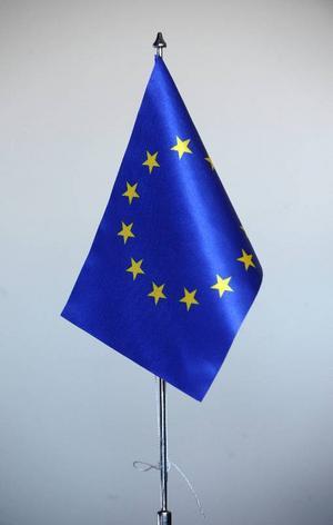 Lyssnar EU på lilla Sverige?