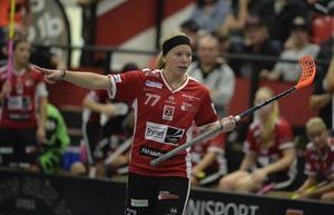 Elin Reinestrand tackar nej till landslagsuppdrag.
